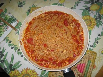 Spaghetti inpersicati