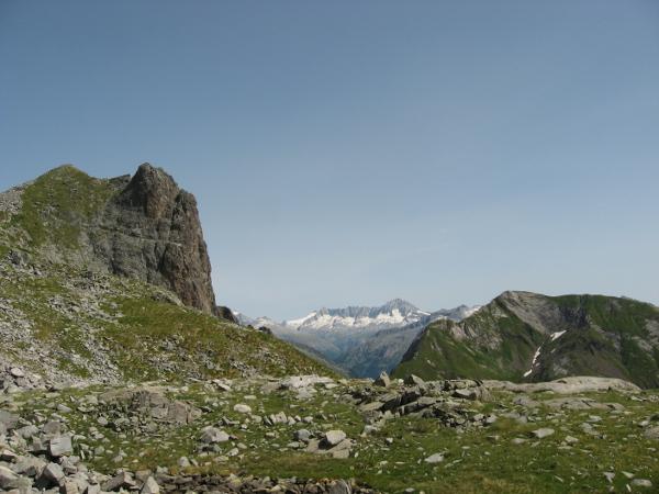 Carè Alto e cime limitrofe (Foto Emanuele Cinelli)