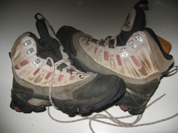 67633a58492f6 La scarpa alta è molto robusta